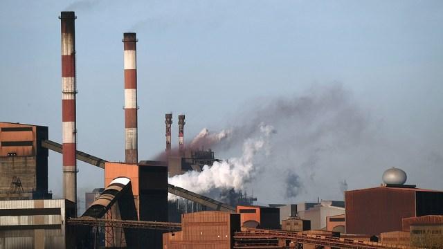 """La Agencia Internacional de la Energía advirtió que, aunque progresa, la transición hacia energías limpias """"es demasiado lenta. """"Foto: AFP"""