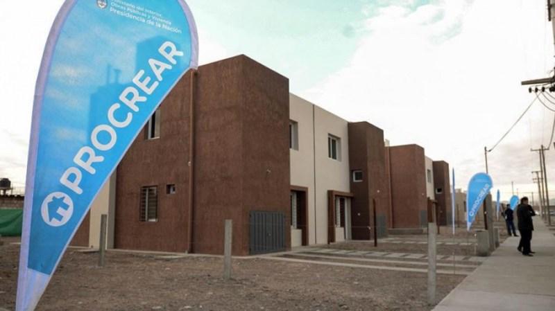"""Ferraresi dijo que a través de esta política publica """"la casa propia es un sueño posible""""."""