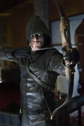 Arrow, l'arciere giustiziere sbarca su Italia Uno dall'11 marzo [Foto]
