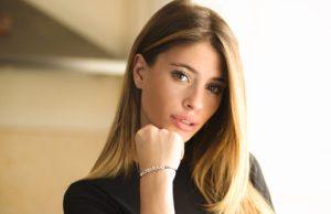 Chiara Nasti denuncia Striscia