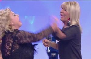 Tina e Gemma troniste