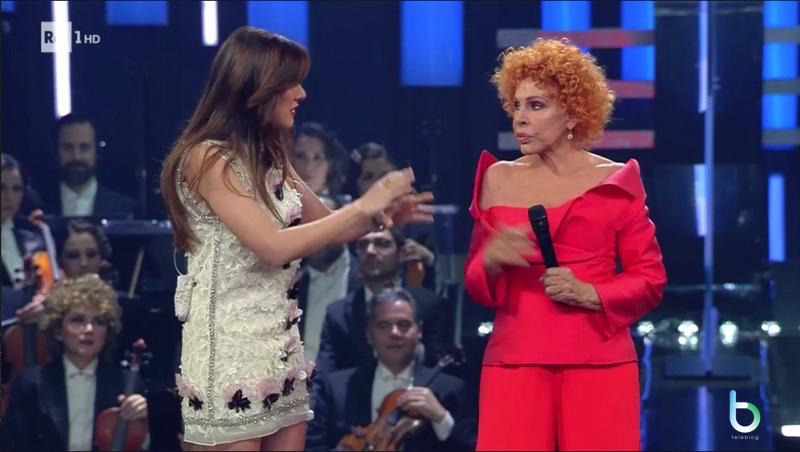 Virginia Raffaele e Ornella Vanoni Sanremo copy