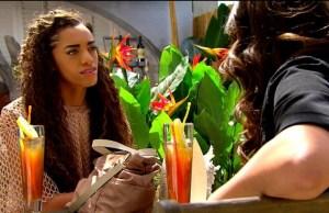 Zoe circuisce Emma