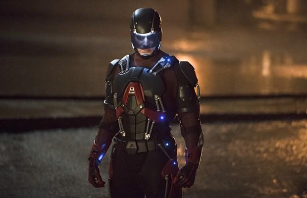 Crisi sulle Terre Infinite: Atom e Superman si incontreranno 1