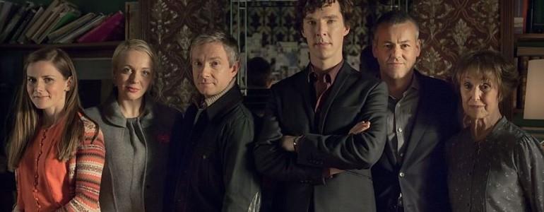 Sherlock: La scena tagliata in un bar gay