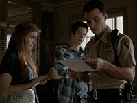 Teen_Wolf_Season_4_Episode_6_Orphaned_Lydia_and_Stiles_show_Parrish_his_name