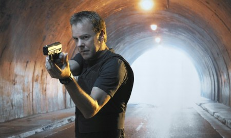 24: Kiefer Sutherland is Jack Bauer in the fourth season special two-hour premiere of 24 Sunday, Jan. 9 (8:00-10:00 PM ET/PT). 24 airs in its regular time period Mondays (9:00-10:00 PM ET/PT), starting Jan. 10 on FOX. ª ©2004 FOX BROADCASTING COMPANY. Cr: Anthony Mandler/FOX