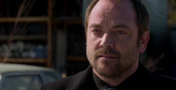 Supernatural: Mark Sheppard dice addio alla serie