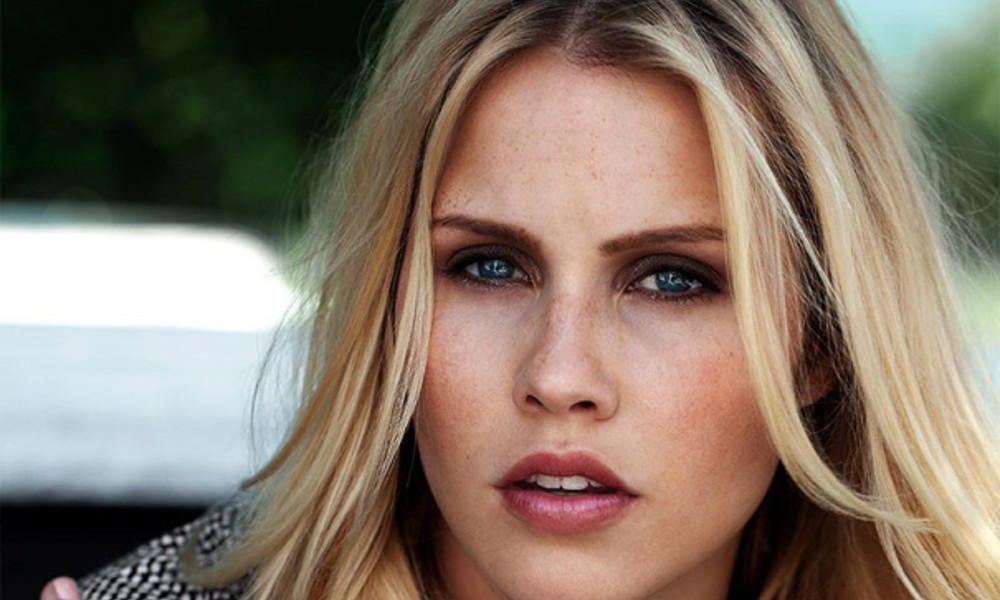 The Originals: Claire Holt si sposa!