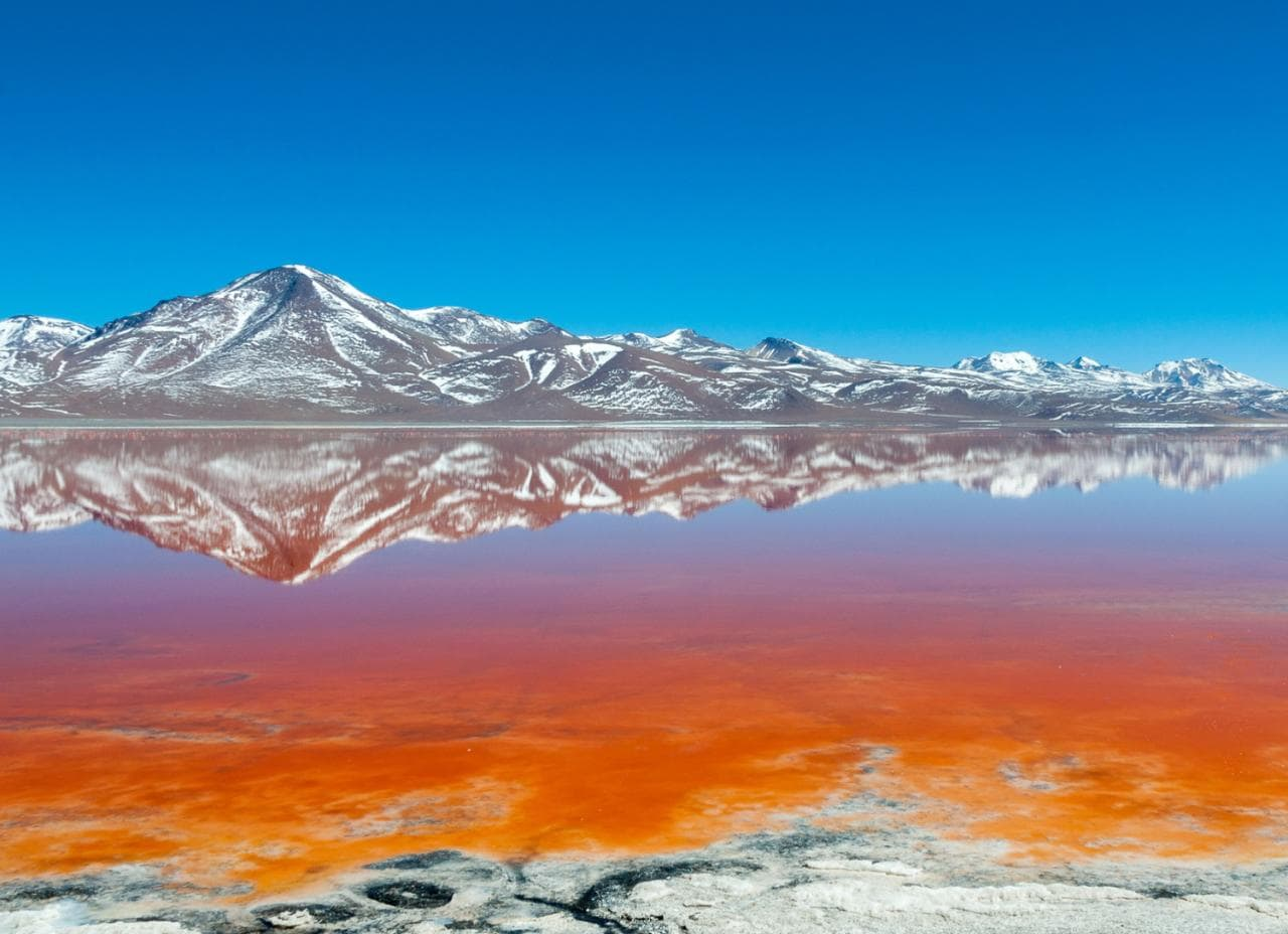 15 Strangely Coloured Lakes And Rivers Around The World