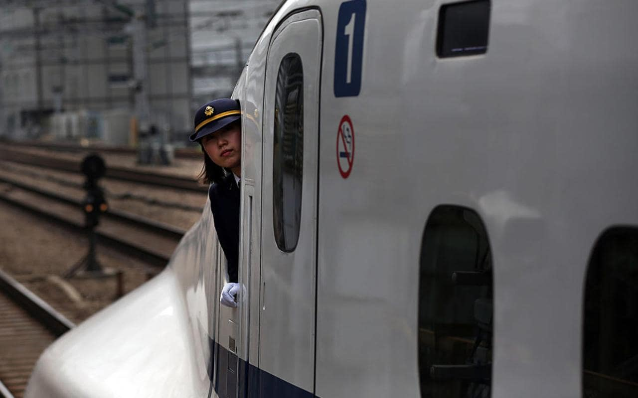 Driver Of 175mph Japanese Bullet Train Caught With Feet Up On Dashboard