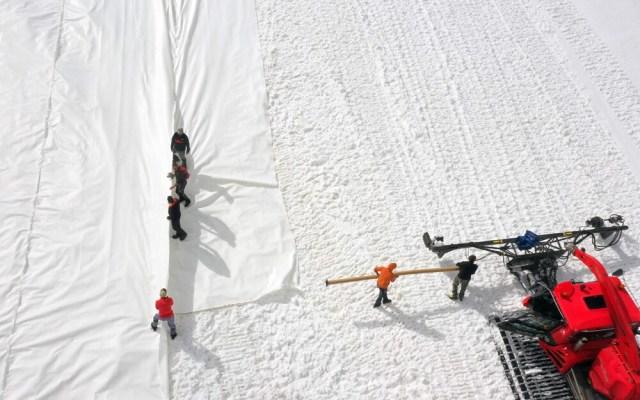 Italian ski resort 'snow-farms' glacier to prepare next winter