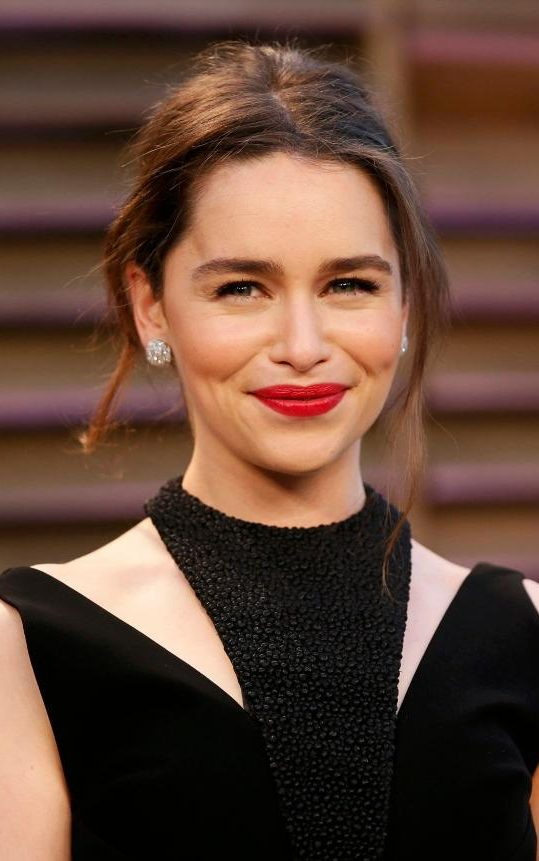 Game Of Thrones Star Emilia Clarke Unveils New Hair