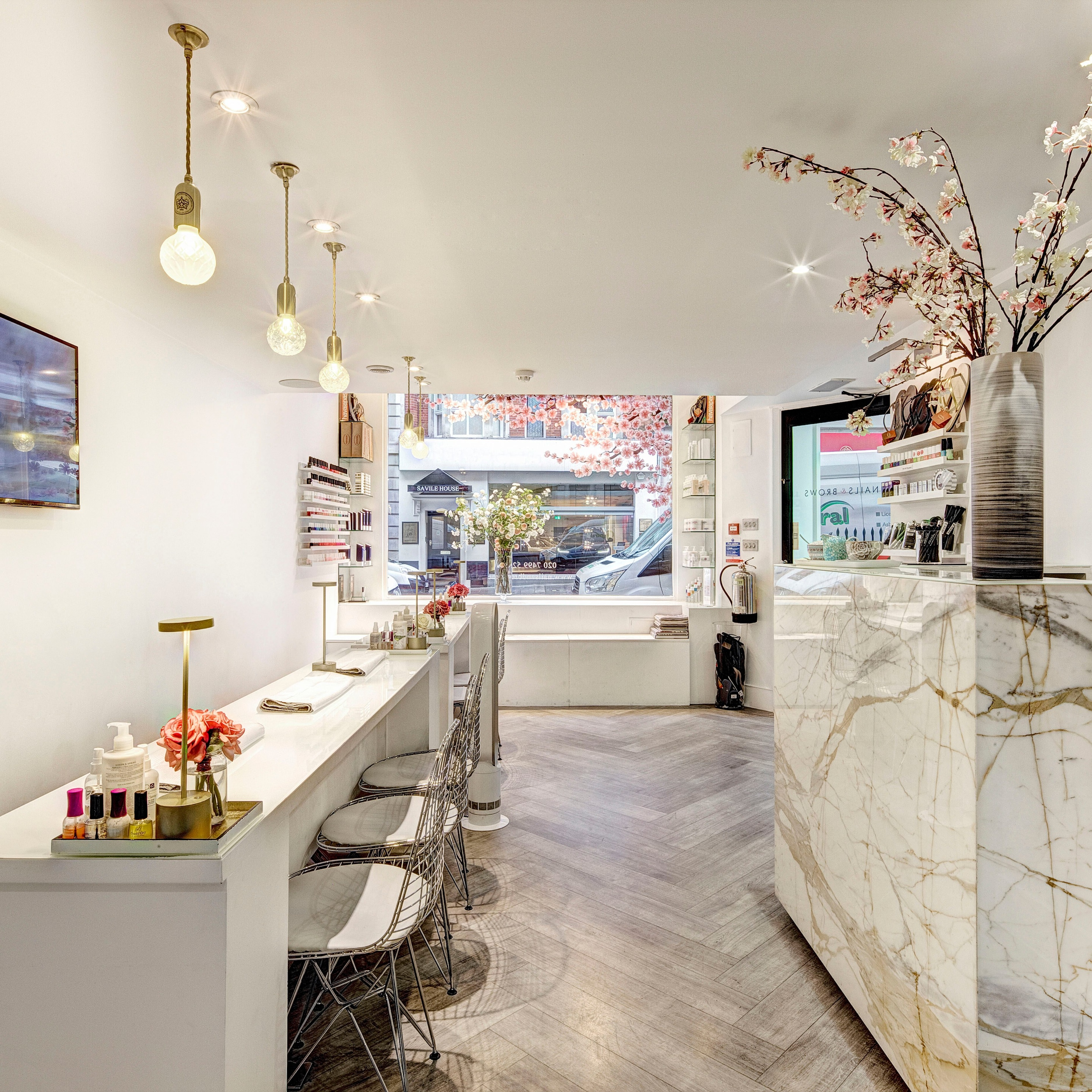 Where To Go For The Best Manicure In London
