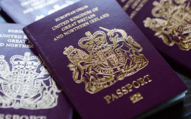 De La Rue produces UK passports