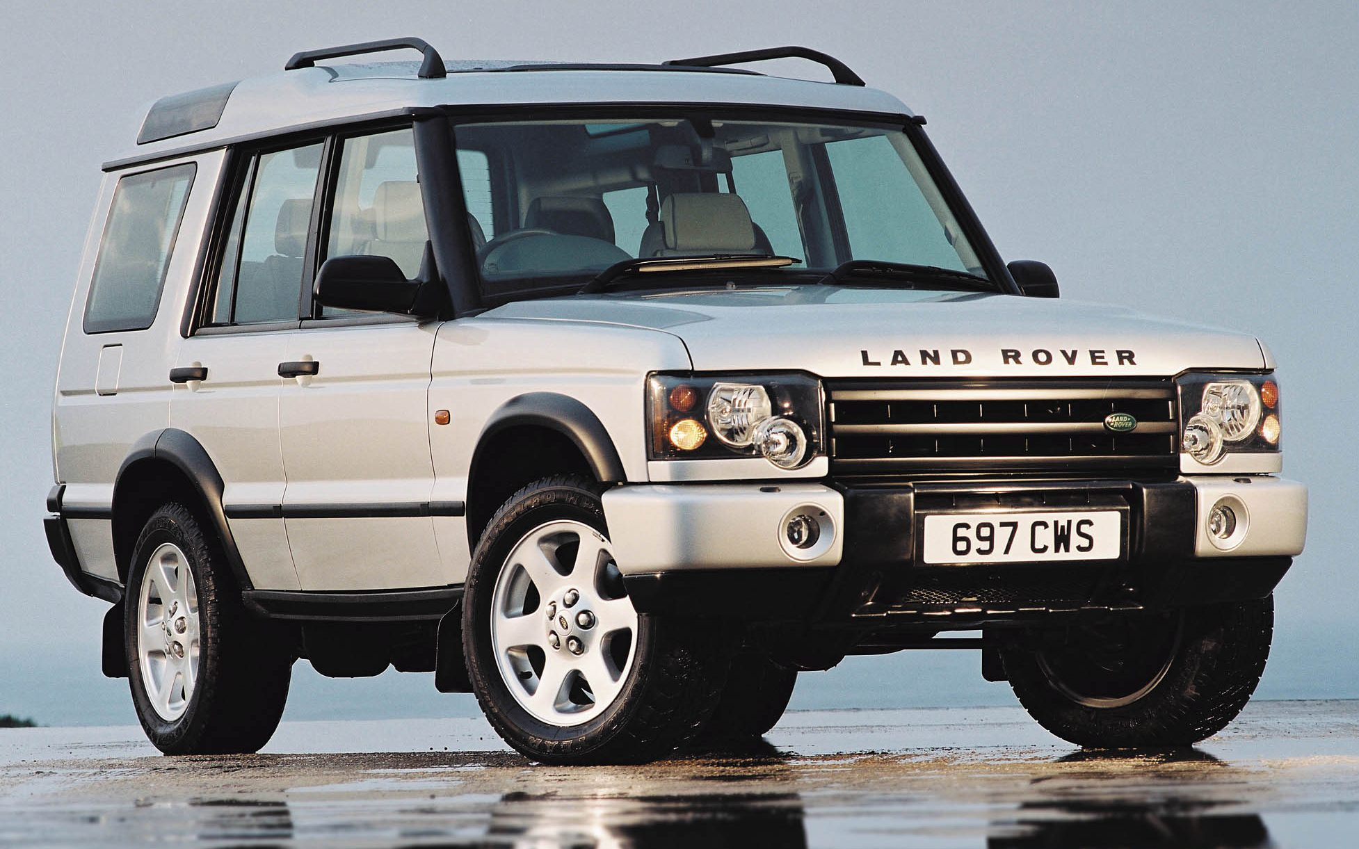 The story of the Land Rover Discovery in pictures Cars