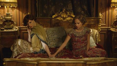 Eddie Redmayne & Alicia Vikander in The Danish Girl