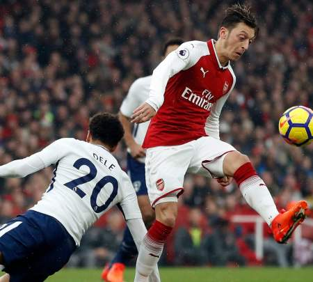 Image result for arsenal vs tottenham midfield