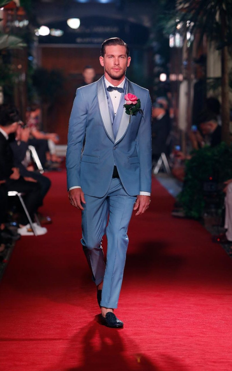 Dolce & Gabbana SS18 tailoring secret show