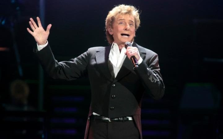 Barry Manilow in 2016