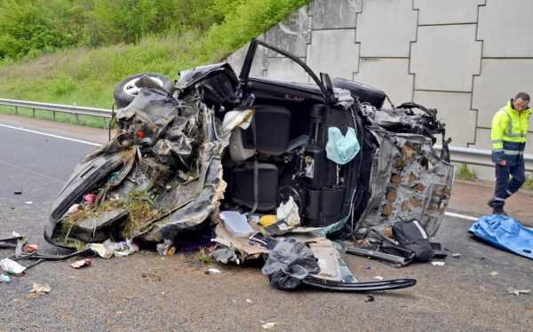 British father and two children killed in French car ...