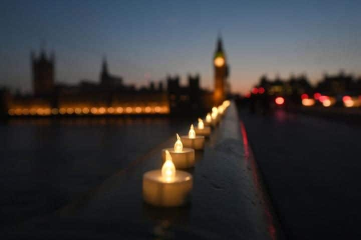 Candle lights on Westminster Bridge