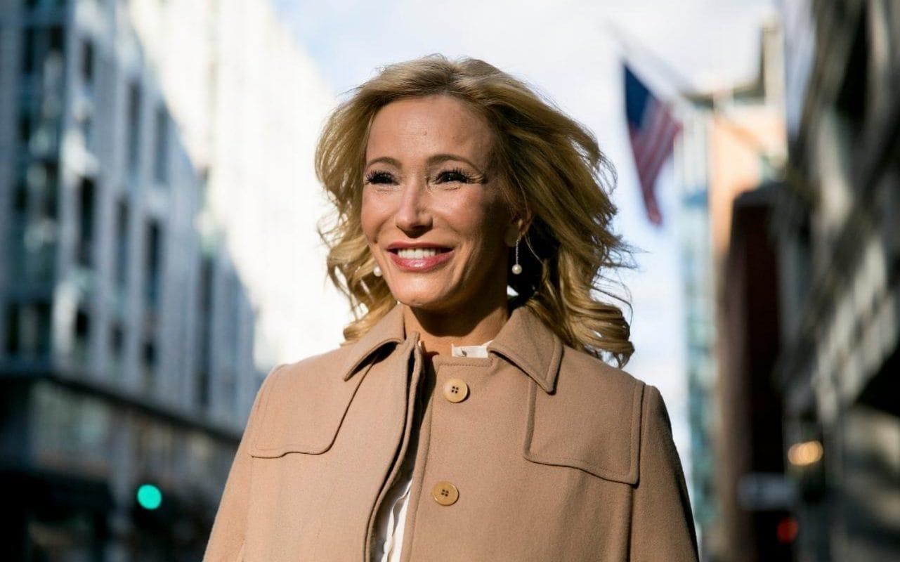 Paula White Who Is Donald Trump S Spiritual Adviser The
