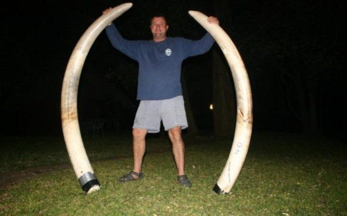 Big game hunter Theunis Botha