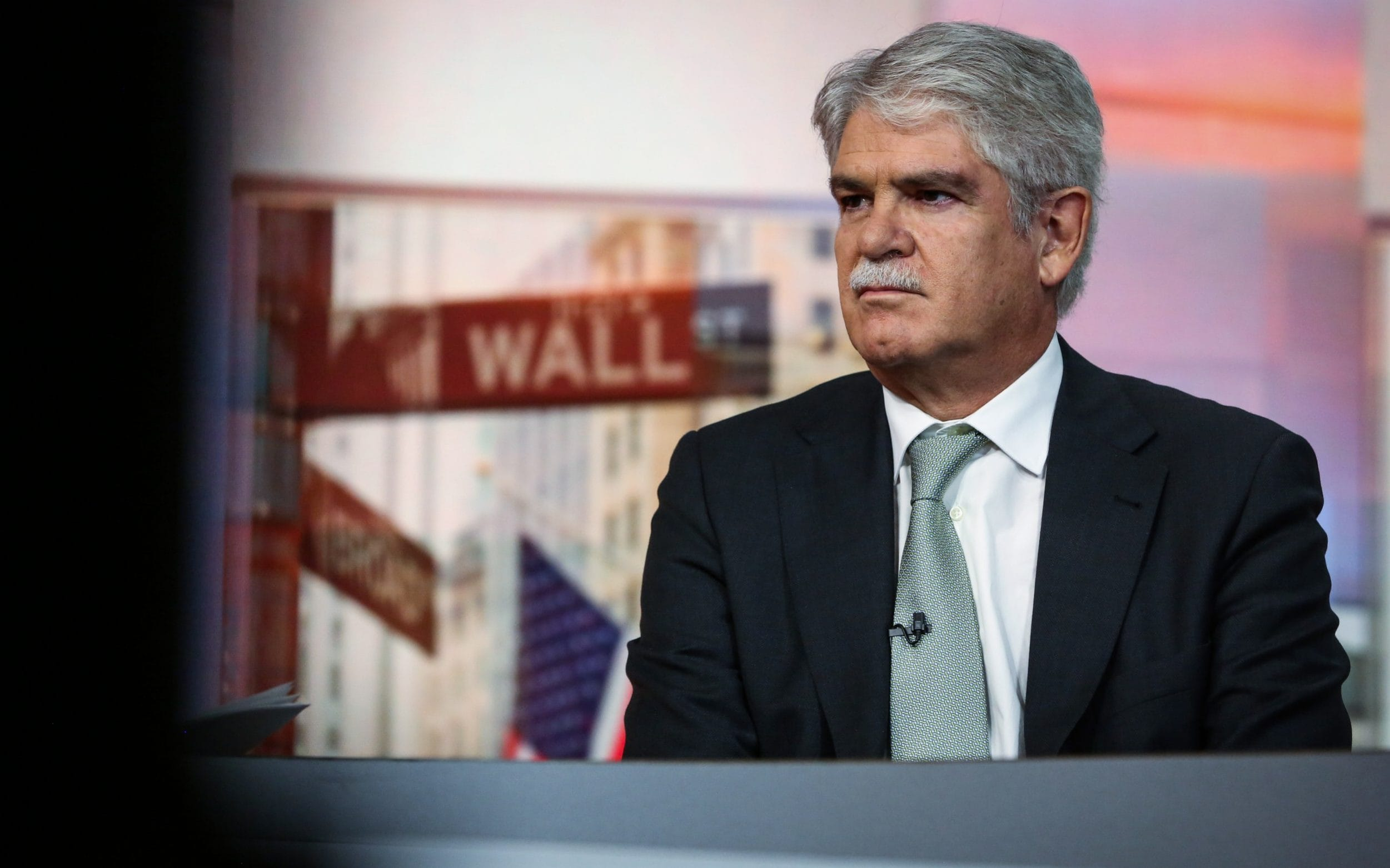 Spanish Foreign Affairs Minister Alfonso Dastis said Catalan separatists are using