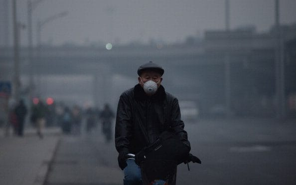 Air pollution linked to higher rates of death from Covid-19