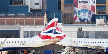 British Airways passengers hit with delays of 'up to 22 hours' after 'technical situation'
