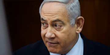 Benjamin Netanyahu charged over series of corruption scandals amid Israel election chaos