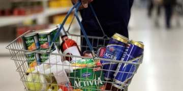 Replacing calories with exercise required on food labelling it would ease weight problems, Royal Society for Public Health says