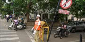 Indian city deploys police mannequins to deter dangerous drivers