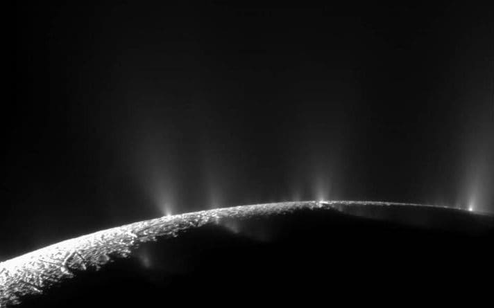 Plumes of vapour shooting up from Enceladus' ocean