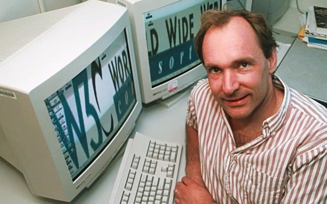 https://i1.wp.com/www.telegraph.co.uk/content/dam/technology/2016/08/04/6454294_Tim_Berners-Lee_director_of_the_World_Wide_Web_Consortium-xlarge_trans++cvya6rOQnD6W9RNWBA6vPvauL762kXdQceLRRxtJC54.jpg