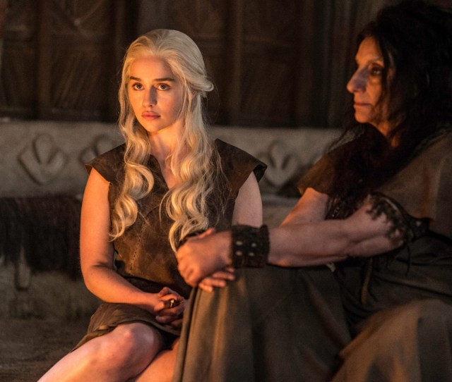 Daenerys Targaryen Emilia Clarke With The Priestess Of The Dosh Khaleen In The Book Of The Stranger Credit Hbo