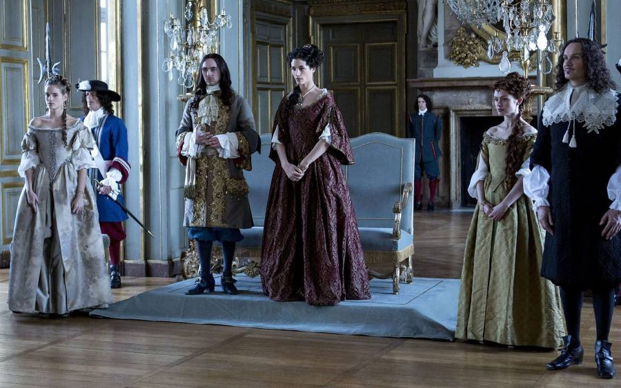 Versailles is a bone headed historical bonkbuster with splendid     Noamie Schmidt  George Blagden   Elisa Lasowski  Sarah Winter and Anatole  Taubman