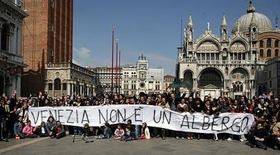 Venice Protest, is tourism ruining Venice
