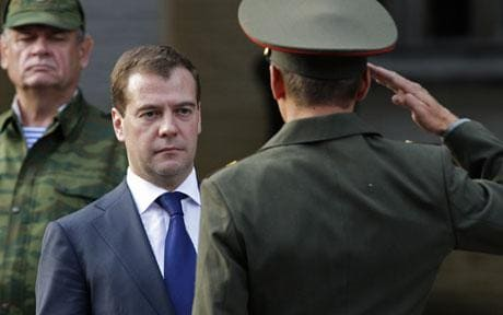 President Dmitry Medvedev awards medals to Russian troops involved in the Georgia conflict