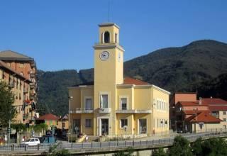 Campo Ligure - Municipio - Foto di Luca Aless (Wikipedia)