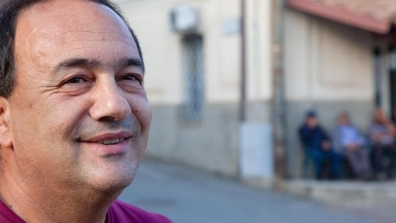 FABIO FAZIO OSPITA MIMMO LUCANO A 'CHE TEMPO CHE FA'