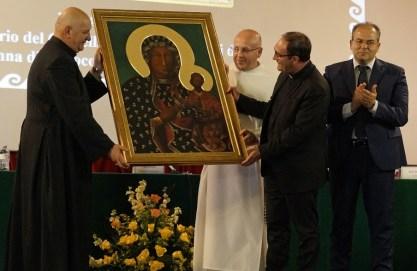 Consegna del Quadro dai Paolini alla Diocesi di Crotone