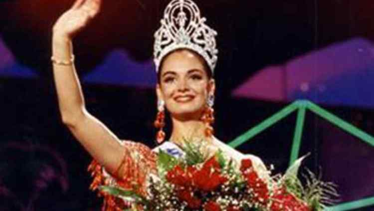Resultado de imagen para lupita jones 1991