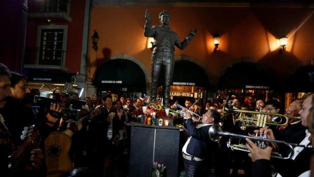 Estatua Juan Gabriel