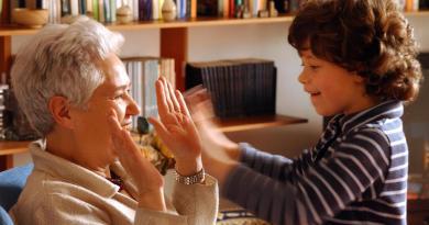nonni baby sitter pilastro famiglie ma al Sud 1 donna su 5 a casa per prole