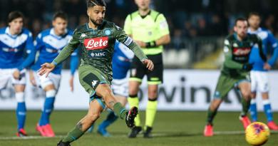 Napoli batte il Brescia 2-1