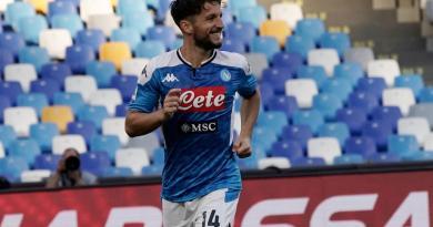 Mertens e Lozano affondano il Genoa, 2-1 del Napoli a Marassi