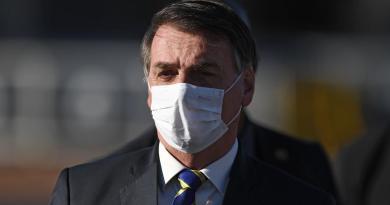 """""""Bolsonaro ha sintomi del Covid"""", in ospedale per controllo"""