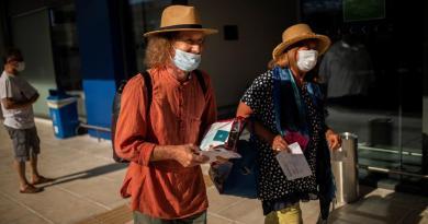 Coronavirus, in Grecia altri 43 casi: molti sono turisti